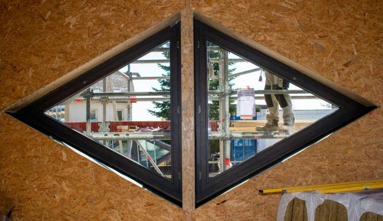 News-Domaine-Claude-Bentz-Dreiecksfenster